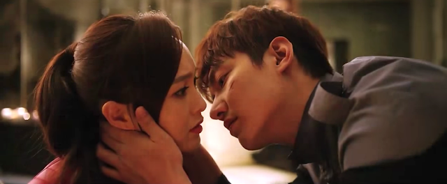 Lee Min Ho and Park Ming Young in Bounty Hunters