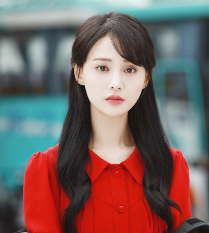 Zheng Shuang Just One Smile is Very Alluring
