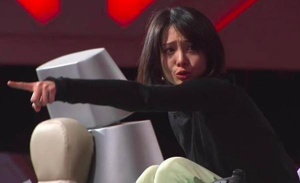 Zheng Shuang outburst This is Fighting Robots