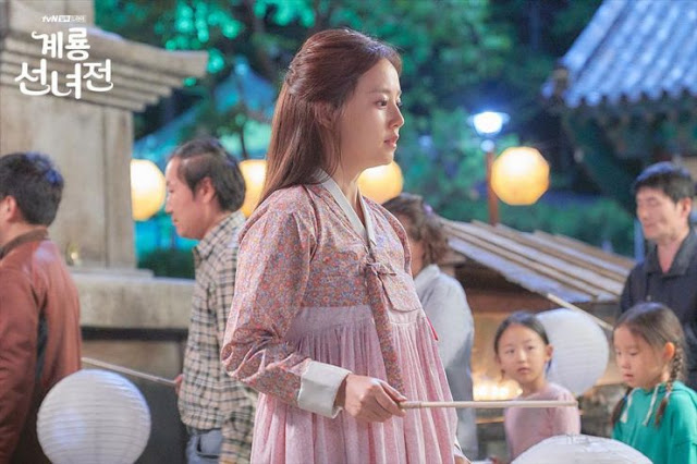 First Impressions Mama Fairy and the Woodcutter