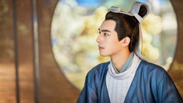 Song Weilong Abstains from Promotional Activities of His New Drama In a Class of Her Own After Injuring Nose
