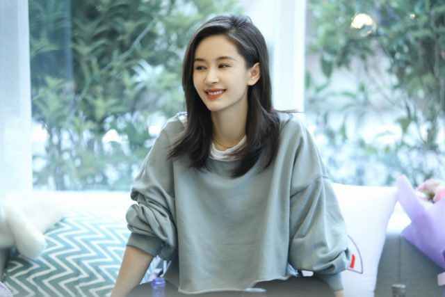 Olivia Wang Ziwen Admits that She's a Single Mom to Her 7-Year-Old Son