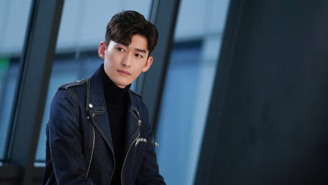 Hans Zhang Han Laments About Letting 'The One' Get Away