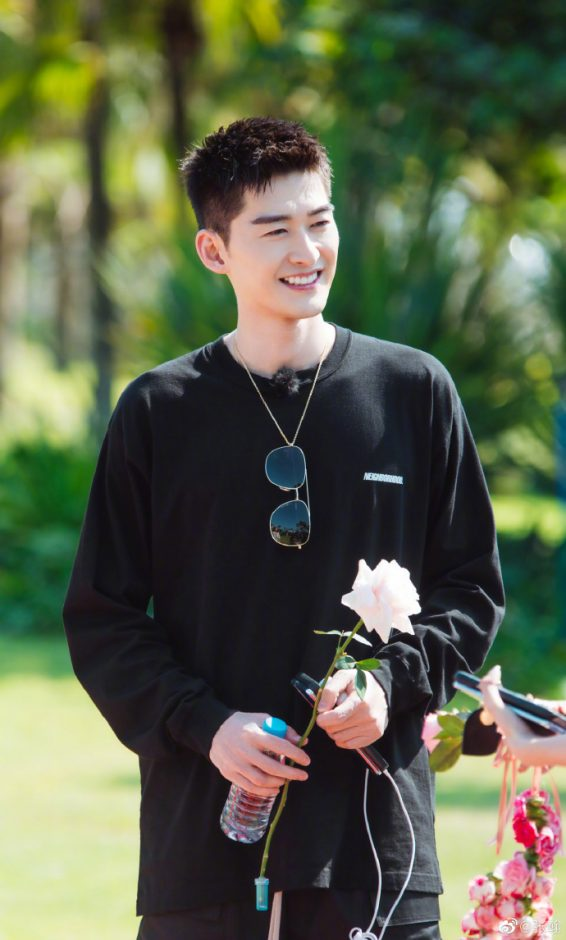 Hans Zhang Han Has Only Had Two Girlfriends in 10 Years